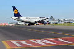 Lufthansa-Luchtbus A319-100 Stock Afbeelding
