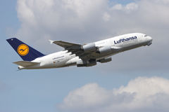 Lufthansa-Luchtbus A380 Royalty-vrije Stock Afbeeldingen