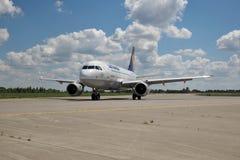 Lufthansa Luchtbus A320 royalty-vrije stock afbeeldingen