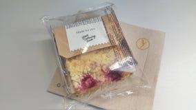 Lufthansa-Mahlzeiten - Kuchen Stockfotografie