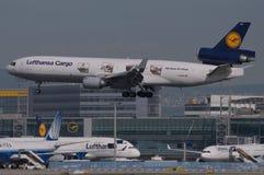 Lufthansa vrachtvliegtuig Stock Afbeelding