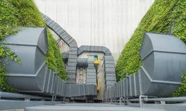 Luftkanal och ventilationssystem av fabriken Royaltyfri Bild