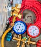 Luftkonditioneringsapparatinstallationshjälpmedel Royaltyfri Fotografi
