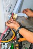 Luftkonditioneringsapparatinstallationsprocess Royaltyfria Foton