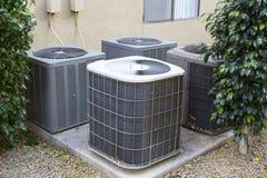 Luftkonditioneringsapparatkompressorer Arkivfoto