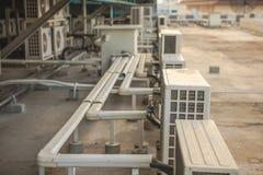 Luftkonditioneringsapparatkompressorer Royaltyfri Fotografi
