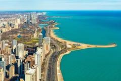 Luftpanorama von Chicago und von Michigansee Nordalleenstrand, USA Lizenzfreie Stockfotos