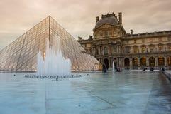 Luftschlitz in Paris, Frankreich stockfotos
