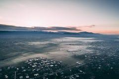 Luftschuß einer Stadt stockbilder