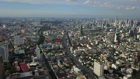 Luftschuß 4K von Landstraßenverkehr Bangkok-Stadt Thailand stock video