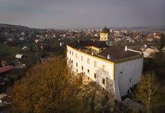 Luftschuß: Malenovice-Schloss, Zlin, Tschechische Republik stockfotos