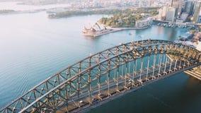 Luftschu? der Sonnenaufgangszene an den Sydney-Stadtskylinen stock footage
