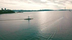 Luftsommeransicht des Tokarevskiy-Leuchtturmes - einer der ältesten Leuchttürme im Fernen Osten, noch ein wichtiges Navigations stock footage