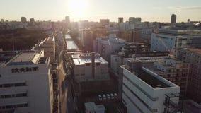 Luftsonnenaufgang in Tokyo-Stadt stock video footage