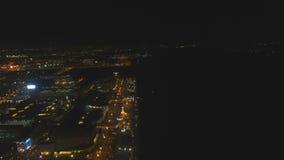 Luftstadt mit Wolkenkratzern und Gebäuden bis zum Nacht Philippinen, Manila, Makati stock video