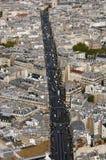 Luftstraßenansicht von Paris Stockbild