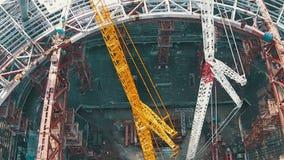 Lufttrieb-Fußball-Stadion im Bau stock video