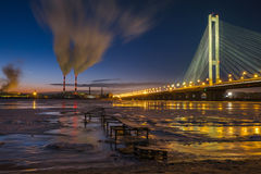 Luftverschmutzung in der Stadt stockbilder