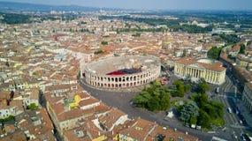 Luftvideodreh mit Brummen von Verona Lizenzfreies Stockbild