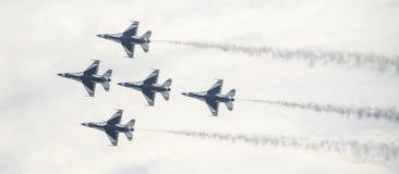 Luftwaffen-Jets in der Bildung Lizenzfreie Stockfotos