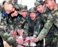 Luftwaffensoldaten schrien heraus, der Raum für Getränk an erster Stelle Lizenzfreies Stockbild