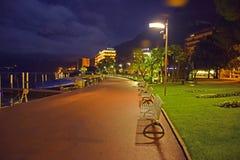 Lugano en la noche, Suiza Imagenes de archivo