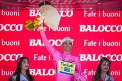 Lugano, Italie le 27 mai 2015 ; Alberto Contador sur le podium Photographie stock libre de droits