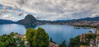 Lugano's湖 库存照片