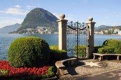 Lugano, Suiza - vista del golfo del jardín botánico Foto de archivo libre de regalías