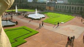 Lugar aglomerado Dresden Royal Palace Zwinger da atração turística video estoque