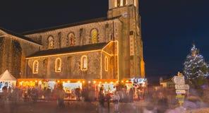 Lugar da igreja onde estão de madeira tradicionais pequenos instalados Foto de Stock Royalty Free