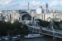 Lugar de Embankement em Londres Fotografia de Stock Royalty Free