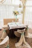lugar de lujo del partido de la boda Interior del restaurante Fotos de archivo libres de regalías