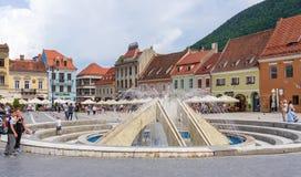 Lugar de Sfatului en Brasov, en Rumania Fotos de archivo libres de regalías