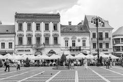Lugar de Sfatului en Brasov, en Rumania Imagenes de archivo