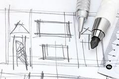 Lugar de trabajo de los diseñadores con el dibujo de la mano de la sala de estar y de la pluma Imágenes de archivo libres de regalías