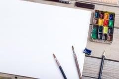 Lugar de trabajo del artista, del ilustrador o del calígrafo Imagenes de archivo