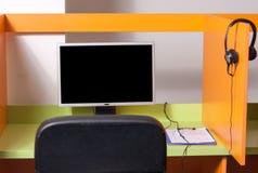 Lugar de trabajo del centro de atención telefónica Fotos de archivo
