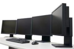 Lugar de trabajo del diseñador con los monitores imagen de archivo libre de regalías
