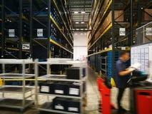 lugar de trabajo en almacén Fotos de archivo libres de regalías