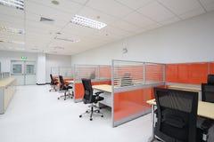 Lugar de trabajo vacío de la oficina Imagen de archivo libre de regalías