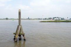 Lugar do embarcadouro no Waal Imagem de Stock Royalty Free