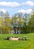 Lugar do piquenique no prado Fotografia de Stock