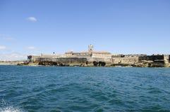 Lugar fortificado cerca de la playa de Carcavelos, Lisboa Imagen de archivo