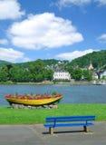 Lugar idílico en Linz Rhin, el río Rhine, Alemania Imágenes de archivo libres de regalías