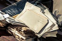Lugar sucio con la bolsa de plástico Imagen de archivo