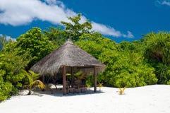 Lugar vago en una playa tropical Imagen de archivo