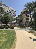 Lugares originais, bolhas de sabão, praia, verão, iate no porto de Alicante imagem de stock
