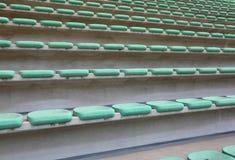 Lugares vazios do bleacher do estádio fotos de stock royalty free