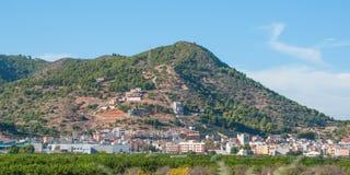 Lugares vivos rústicos & ásperos mas bonitos na Espanha rural Casas nos montes & nas montanhas da Espanha rural imagem de stock royalty free